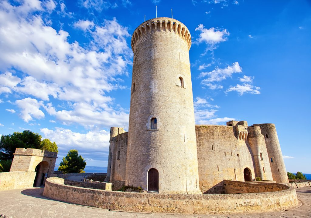Things to do in Mallorca - Bellver castle
