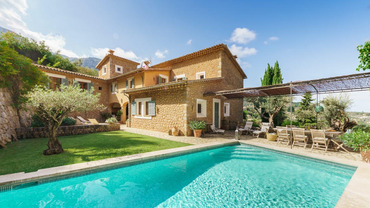 Casa Tamara is a luxury villa in Mallorca with pool